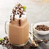 Καφές σοκολάτας frappe με την κτυπημένη κρέμα Στοκ εικόνα με δικαίωμα ελεύθερης χρήσης