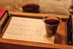 Καφές σταλαγματιάς που εξυπηρετείται Στοκ φωτογραφία με δικαίωμα ελεύθερης χρήσης