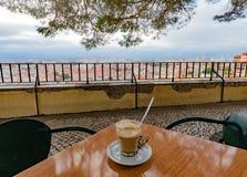 Καφές στην άποψη πέρα από τη Λισσαβώνα Πορτογαλία Ευρώπη στοκ φωτογραφία