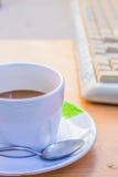Καφές στην εργασία Στοκ Φωτογραφία