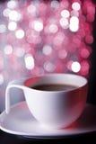 Καφές στο άσπρο φλυτζάνι Στοκ φωτογραφία με δικαίωμα ελεύθερης χρήσης