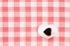 Καφές στο επιτραπέζιο ύφασμα Στοκ Φωτογραφία