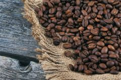 καφές φασολιών που τηγανί& Στοκ εικόνα με δικαίωμα ελεύθερης χρήσης