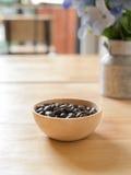 καφές φασολιών που ψήνεται στοκ φωτογραφία