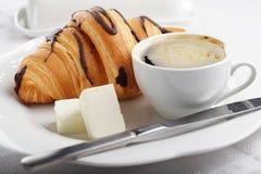 καφές croissant Στοκ εικόνα με δικαίωμα ελεύθερης χρήσης
