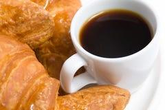 καφές croissants Στοκ εικόνα με δικαίωμα ελεύθερης χρήσης