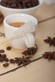 Καφές Espresso με τη ζάχαρη και το καρύκευμα Στοκ Φωτογραφίες