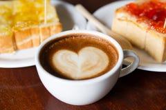 Καφές Mocca στο κατάστημα καφέδων στοκ φωτογραφία με δικαίωμα ελεύθερης χρήσης