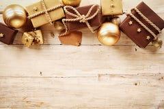 Καφετής και χρυσός τα σύνορα Χριστουγέννων Στοκ Εικόνες