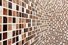 καφετής τοίχος προτύπων μ&omeg Στοκ Φωτογραφίες