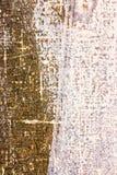 Καφετί υπόβαθρο καμβά με τους άσπρους λεκέδες χρωμάτων Στοκ Φωτογραφίες