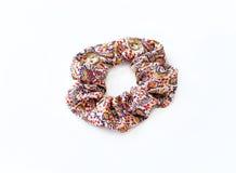 Καφετιά και μπεζ τρίχα Scrunchies Στοκ Εικόνα