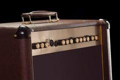 Καφετιά κιθάρα amp Στοκ φωτογραφία με δικαίωμα ελεύθερης χρήσης