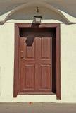 καφετιά πόρτα ξύλινη Στοκ Εικόνες