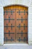καφετιά πόρτα παλαιά Στοκ εικόνα με δικαίωμα ελεύθερης χρήσης