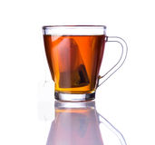 Καφετιά τσάι και Tea-Bag Στοκ φωτογραφία με δικαίωμα ελεύθερης χρήσης