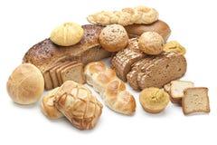 Καφετιά φέτα ψωμιού που απομονώνεται στο λευκό Στοκ Εικόνες