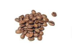 Καφετιά φασόλια καφέ που απομονώνονται στο άσπρο υπόβαθρο Στοκ φωτογραφίες με δικαίωμα ελεύθερης χρήσης