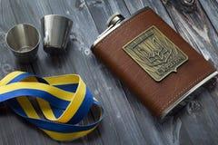 Καφετιά φιάλη του κονιάκ από την Ουκρανία Στοκ φωτογραφία με δικαίωμα ελεύθερης χρήσης