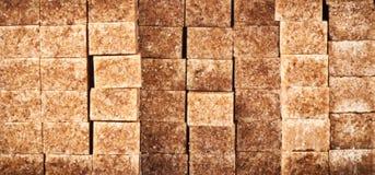 Καφετιοί κύβοι ζάχαρης Στοκ Εικόνες
