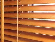 Καφετιοί ξύλινοι τυφλοί Στοκ Εικόνα