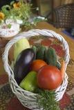 Καλάθι με τα λαχανικά Στοκ εικόνες με δικαίωμα ελεύθερης χρήσης