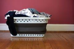 Καλάθι πλυντηρίων Στοκ εικόνα με δικαίωμα ελεύθερης χρήσης