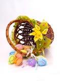 Καλάθι σχεδίου με τα αυγά Στοκ Εικόνα