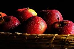 Καλάθι των μήλων Στοκ Εικόνα