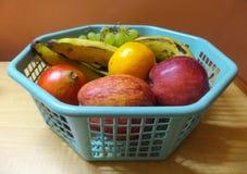 Καλάθι φρούτων Στοκ Φωτογραφία