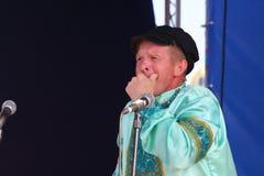 Καλλιτέχνες απόδοσης, soloists στρατιωτών και χορευτές του τραγουδιού και σύνολο χορού της έδρας της βορειοδυτικής στρατιωτικής π Στοκ Φωτογραφίες