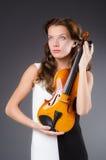 Καλλιτέχνης γυναικών με το βιολί Στοκ φωτογραφίες με δικαίωμα ελεύθερης χρήσης