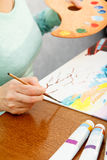 Καλλιτέχνης που χρωματίζει το ιαπωνικό τοπίο Στοκ Εικόνα
