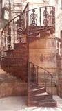 Καλλιτεχνική αρχαία σκάλα σε ένα οχυρό Στοκ εικόνες με δικαίωμα ελεύθερης χρήσης