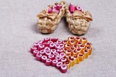 Καλοί κάλαμοι καραμελών καρδιών Στοκ Φωτογραφία