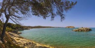 Καλοκαίρι Ακτή Gargano: Παραλία Portonuovo, Vieste- (Apulia) ΙΤΑΛΙΑ Στοκ Εικόνα