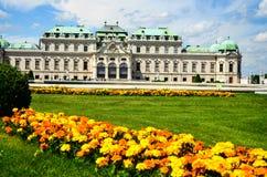 καλοκαίρι Βιέννη παλατιών πανοραμικών πυργίσκων Στοκ φωτογραφία με δικαίωμα ελεύθερης χρήσης