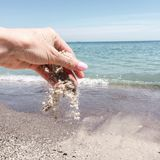 Καλοκαίρι μπλε ουρανού νερού παραλιών θάλασσας Στοκ Εικόνες