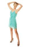 καλοκαίρι μόδας Αρκετά μοντέρνο κορίτσι στο πράσινο φόρεμα Στοκ φωτογραφίες με δικαίωμα ελεύθερης χρήσης
