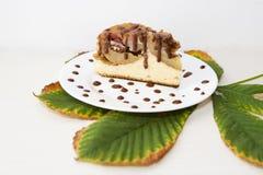 καλυμμένες φέτες ζελατίνας κέικ μήλων Στοκ Εικόνες