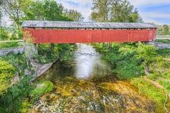 Καλυμμένη γέφυρα σε Scipio, Ιντιάνα Στοκ Φωτογραφίες