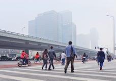 Καλυμμένο αιθαλομίχλη κέντρο πόλεων του Πεκίνου, Κίνα Στοκ εικόνες με δικαίωμα ελεύθερης χρήσης