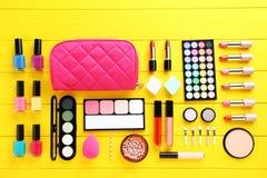Καλλυντικά Makeup στοκ εικόνες με δικαίωμα ελεύθερης χρήσης