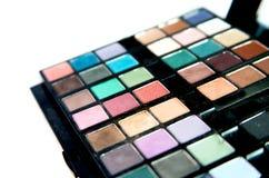 Καλλυντικό που τίθεται πολύχρωμο με τη σκιά ματιών Στοκ εικόνα με δικαίωμα ελεύθερης χρήσης
