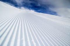Καλλωπισμένη κλίση σκι Στοκ Εικόνες