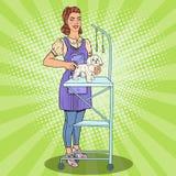 καλλωπισμός σκυλιών Γυναίκα Groomer με το ψαλίδι Λαϊκή απεικόνιση τέχνης διανυσματική απεικόνιση