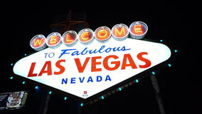 Καλωσορίστε στο μυθικό Λας Βέγκας τή νύχτα - πόλη του Λας Βέγκας Nevada/USA απόθεμα βίντεο