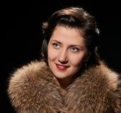 Καλό γυναικείο πορτρέτο χαμόγελου Στοκ Φωτογραφίες