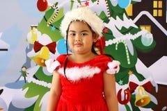 Καλό νέο κορίτσι στα Χριστούγεννα Στοκ Εικόνα