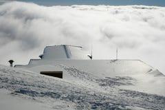 Καλύβα στεγών - Etna που καλύπτεται από το χιόνι Στοκ Φωτογραφίες